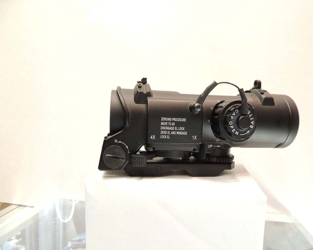 SPECTER DR 1X-4X TRAIN HEAD SCOPE